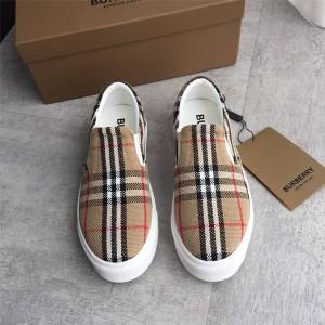 Burberry官网巴宝莉价格生物基鞋底网格棉质套穿式运动鞋80321921/80315061