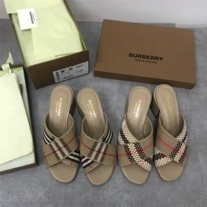 Burberry博柏利巴宝莉中国官网新款女士网格皮革粗跟凉鞋
