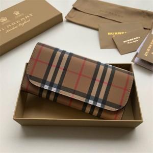 Burberry巴宝莉官方网站博柏利女士钱包Vintage 格纹拼皮革长款翻盖钱夹40714101
