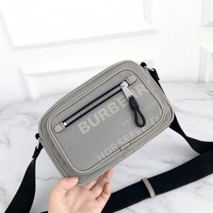 Burberry巴宝莉美国官网博柏利海外代购网尼龙Vintage格纹斜挎包相机包