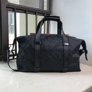 Burberry官网巴宝莉新款包包尼龙Sonny专属标识再生聚酯纤维旅行袋