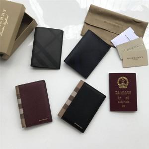 Burberry博柏利巴宝莉官网中文官网格纹护照夹钱包40421621