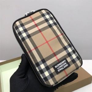 Burberry博柏利巴宝莉官网包包Vintage 格纹手机保护套手机包80309001
