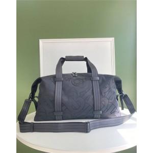 Burberry巴宝莉中国官网男包专属标识再生聚酯纤维旅行袋80288551