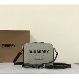 Burberry巴宝莉美国官网网址Horseferry 印花帆布拼皮革斜背包相机包80382581