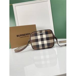 burberry官方旗舰店巴宝莉正品格纹印花皮革斜挎包相机包80353251