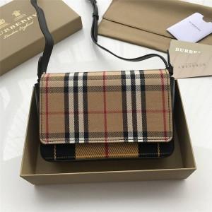 Burberry巴宝莉美国官网代购Vintage 格纹拼皮革斜背包40777831